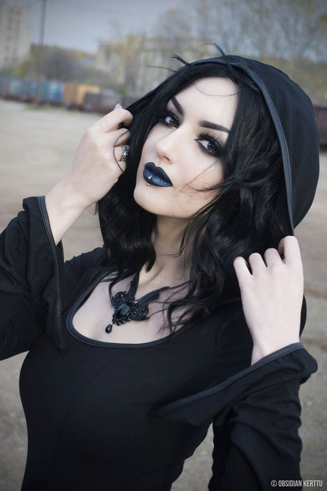 Lovely Goth look with Witch looking hood