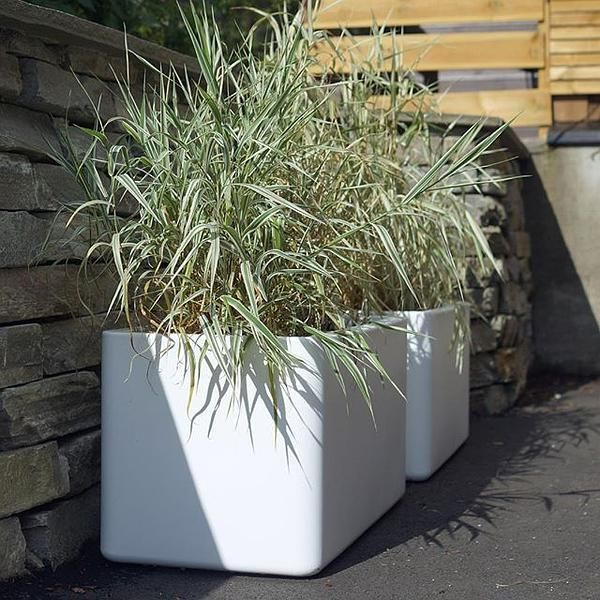 style your garden with the pure soft brick #elho #pure #design #white #plants #planter #gardens