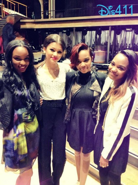 Gorgeous Photo Of The McClain Sisters With Zendaya April 8, 2013. At Dancing with the stars!!!!! I am rooting for you Zendaya and Val!!!!! #Zendaya