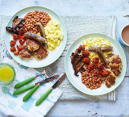 Try this vegan take on the classic English breakfast that boasts vegan sausages with hash browns, mushrooms, tomatoes, scrambled tofu and baked beans