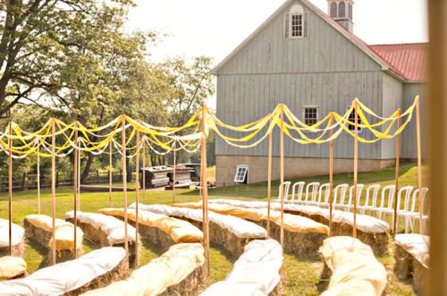 country wedding love: Outdoor Wedding, Country Wedding, Straws Bale, Hay Bale, Bale Seats, Barns Wedding, Ceremony Seats, Wedding Ceremony, Rustic Wedding