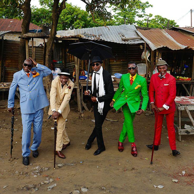 〔3/29〜〕世界一お洒落でエレガントな紳士たち。「サプール」の写真展が開催|MERY [メリー]