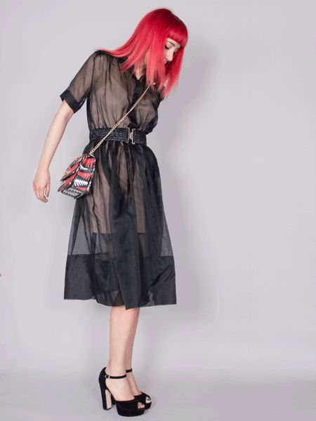 BLACK IS THE NEW BLACK #black #fashion #yourmommaneverlikedme http://www.waitandsee.it/blog/category/new-looks
