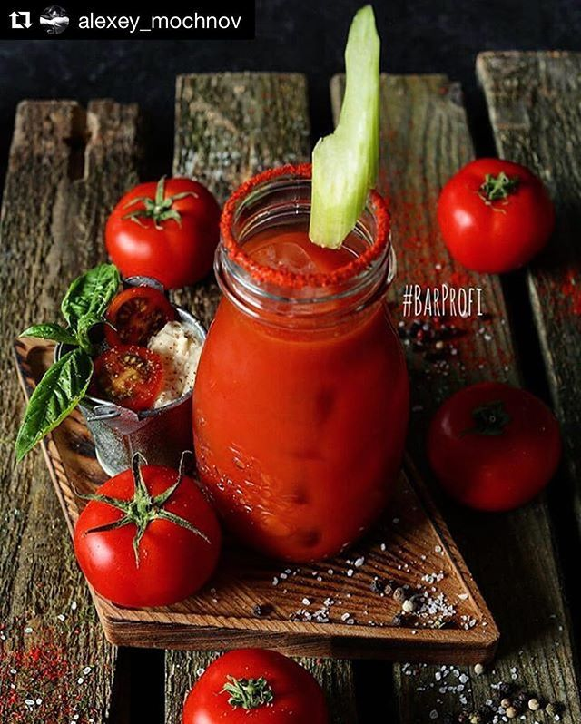 #Repost @alexey_mochnov with @repostapp ・・・ #AndNew 🍸 Special Bloody Mary 🍅 😋 #чайхона1 с очень крутыми миксами уже в октябре 🔥🍸👌🏼 #barprofi #коктейли #коктейль #барпрофи #миксология #бармены #бар #новыйбар #bartender #bartenders #berry #bar #barlife #mixology #moscow #cocktails #cocktail #cocktaillife #craftcocktail #craftcoctails #drink #barproductsrussia #tequila #bestbar #bestcocktail #gin