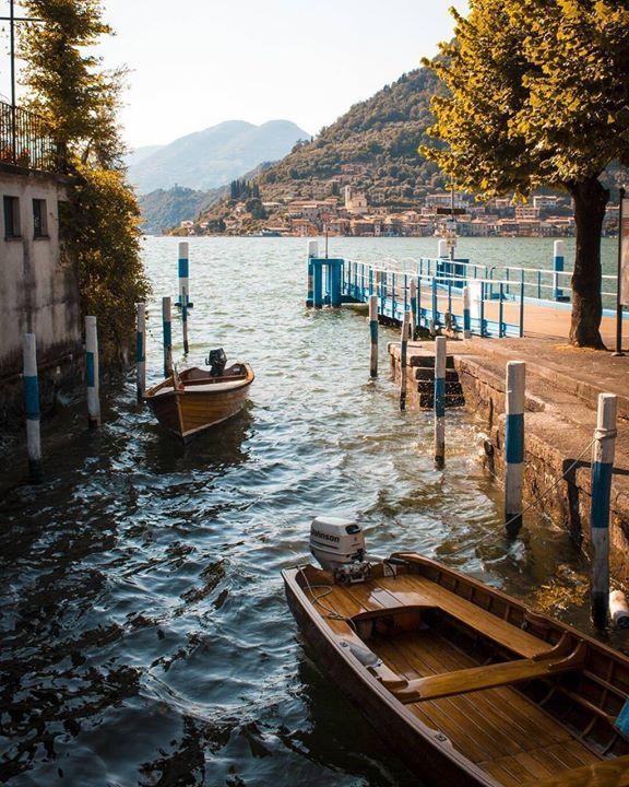 #sulzano la magia del lago tra giochi di luce ed ombre #visitlakeiseo #theromanticchoice #remembertfp#inLombardia @s1mone56 - http://ift.tt/1HQJd81