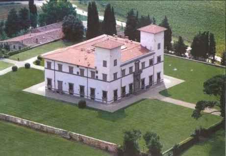 #villa #le-corti #chianti www.principecorsiniholidays.com