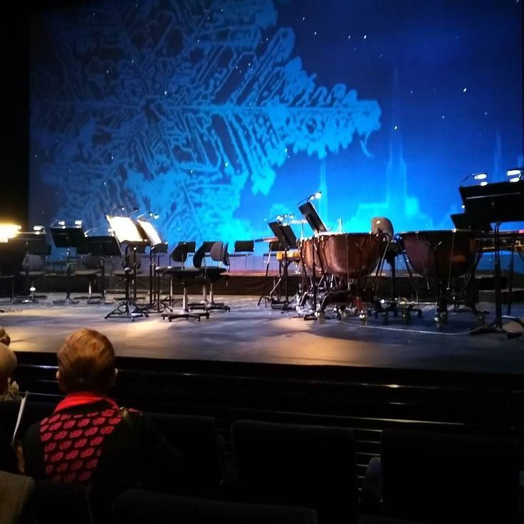 Waiting for the Christmas concert to begin. #closetothestage