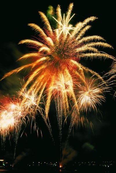 Fête Nationale à Menthon-Saint-Bernard - Bal, Descente aux flambeaux, Feux d\'artifice - Lac d\'Annecy