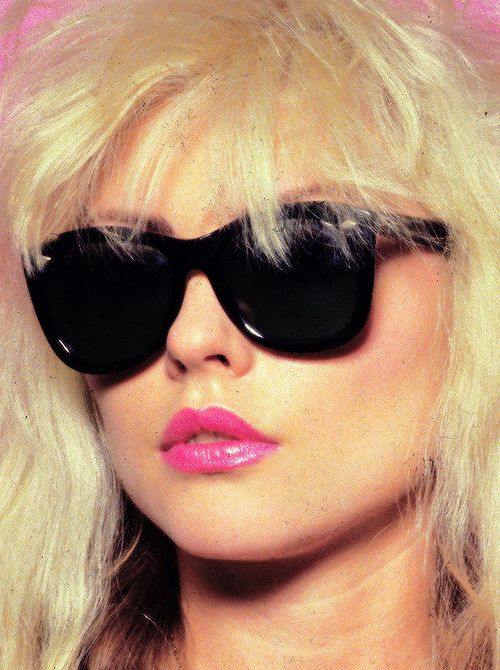 Debbie Harry, 1977-Please can I someday look this cool?