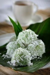 Klepon - Javanese cuisine