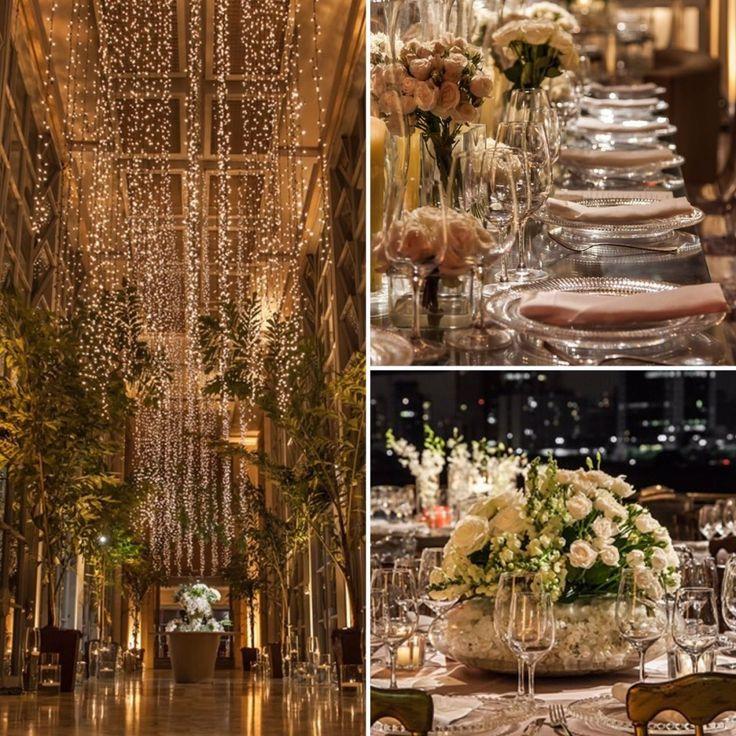 O foyer com cortina de LUZINHAS foi um dos destaques da DECORAÇÃO que @robertafasano fez para um casamento na @villajockey!🌟🌟🌟Para as mesas dos convidados, verde e branco e peças de cristal e acrílico! Vem ver o resultado: www.constancezahn.com💻{ Fotos: Helson Gomes | Espaço e buffet: @villajockey | Decoração: @robertafasano | Móveis: @cemporcentoeventos | Iluminação: @agenciaricardodias | Projeto floral: @andrepedrotti | Materiais e objetos: @dfilipa | Bar: @brothersbarsp } #wedding…