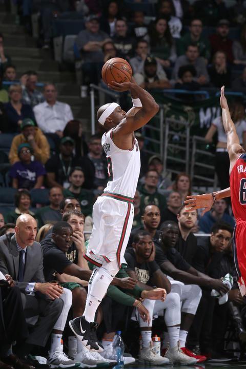 Washington Wizards at Milwaukee Bucks – Feb 27, 2018https://www.highlightstore.info/2018/03/02/washington-wizards-at-milwaukee-bucks-feb-27-2018/