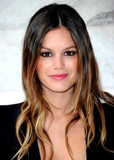 Rachel Bilson ha acquistato quel tocco in più grazie ai capelli sfumati con la tecnica dell' Ombre Hair.