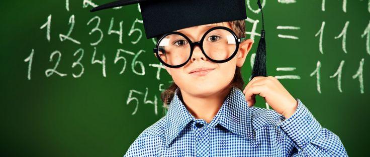 Du nimmst für jede Rechnung den Taschenrechner? Wir erklären dir, wie du schnell im Kopf mehrstellige Zahlen multiplizieren sowie Brüche addieren u