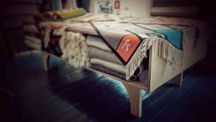 Úložný stůl na deky a koberce / Table for blankets and carpets, furniture design by Markéta Jestřábová