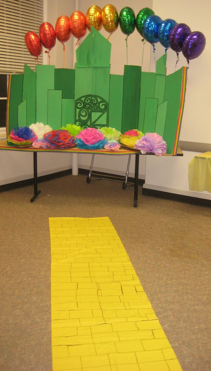 """ONE SHORT DAY IN THE EMERALD CITY"" themed recruitment. AST-Sigma Chapter, Buffalo State!   submitted by: lisapyo"