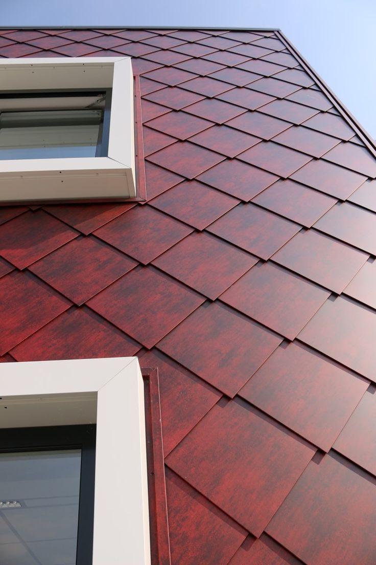 Brandweerkazerne Almere Architect: GAJ architecten Arnhem Product: Caiman, Edyxo50 Vulcano Omschrijving: diagonaal gemonteerd, stalen losagnes, zetwerk uit dezelfde coil Geleverd door ArcelorMittal Construction Nederland (Tiel)