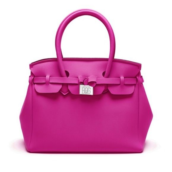 Save my Bag hot pink Light, colorful and fun. Ideal for all women in search at the same time of a classic and ironic look. Washable, rainproof, and made in Italy. Dimensions 340x290x180 mm. Save my bag Bags Totes