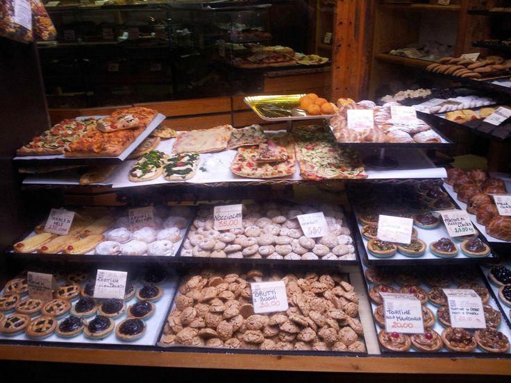 Il Fornaio Bakery, Rome - Amaretto Cookies
