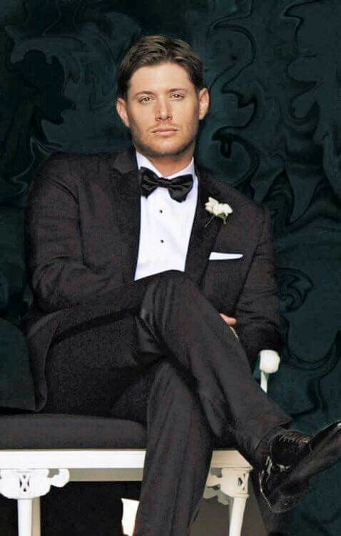 Undressing you with his eyes before going off to marry Danneel. She is one very lucky woman.
