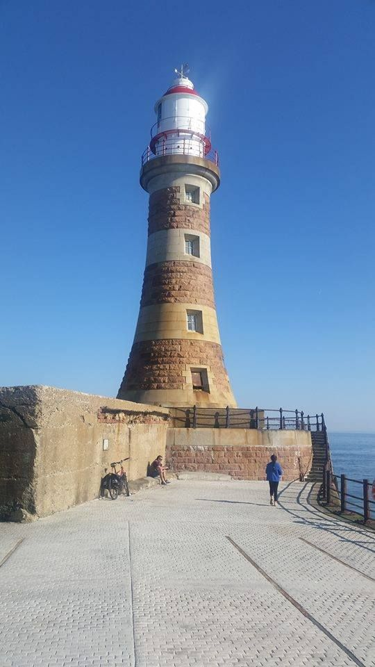 Roker lighthouse in Sunderland. !! Metropolitan county in North East England including Newcastle upon Tyne City, South Tyneside, North Tyneside, Gateshead and the city of Sunderland.