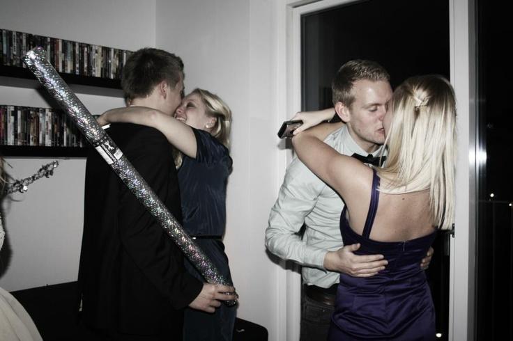 Godt Nytår! #New #Year #Eve #Newyearseve #Kiss #Girl #Boy #Kys #Lovers #Love #Kærlighed #Sammen #Friends #Møs