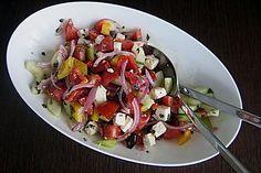 http://www.chefkoch.de/rezepte/347551119450724/Griechischer-Bauernsalat.html