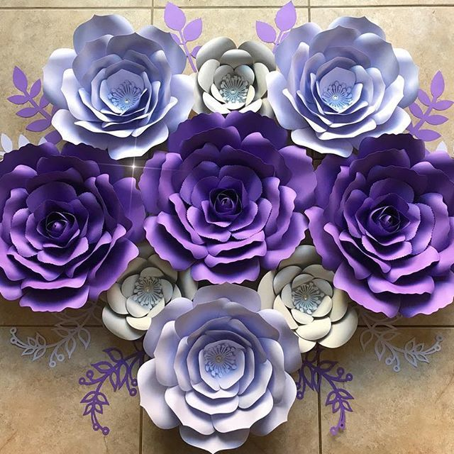 Here is the full look on the paper flowers made for the beautiful @madiichanning can't wait to see how she will display them in her daughters new BIG GIRL room 💜💜💜 #paperflowers #paperflower #handmade #diy #art #style #madewithmichaels #mymichaels #cricutexploreair