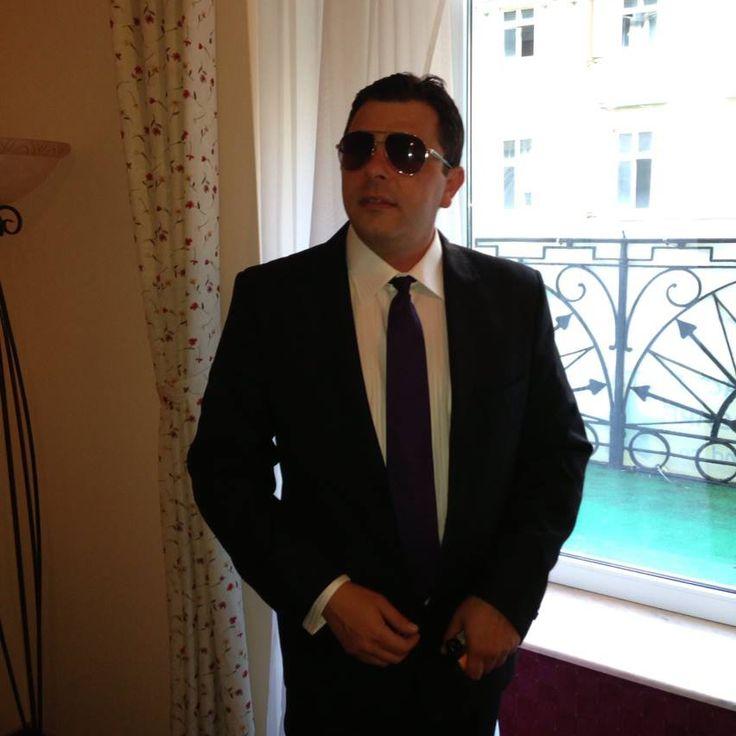 """Cu siguranță, în cazul viceprimarului de Arad, liberalul Cătălin Țițirigă, cel mai bine se potrivește sintagma """"...dacă tăcea, filosof rămânea"""". Supărat că a fost interceptat de procurorii DIICOT Timișoara, în dosarul """"Sex cu minore"""", în timp ce solicita fotografii cu minor…"""