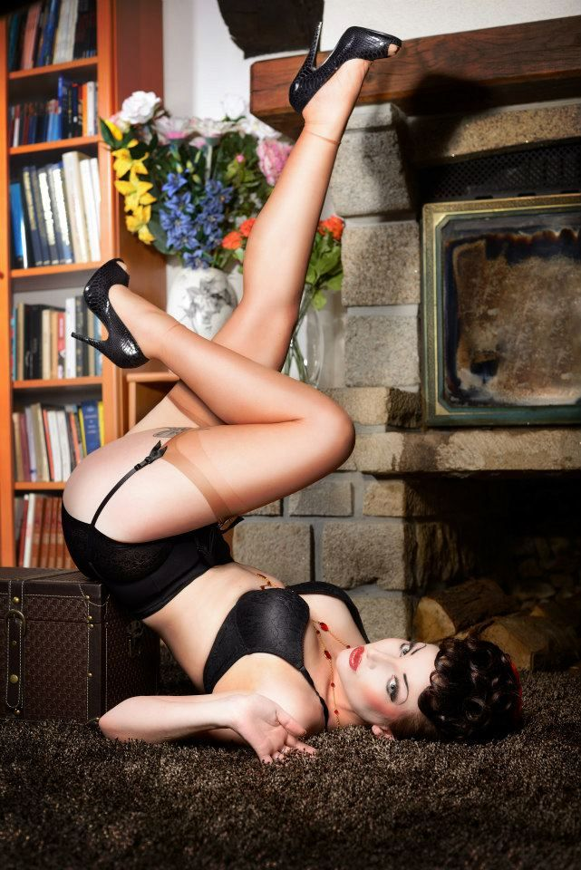 pin up retro vintage by ~TheComtesseLea on deviantART