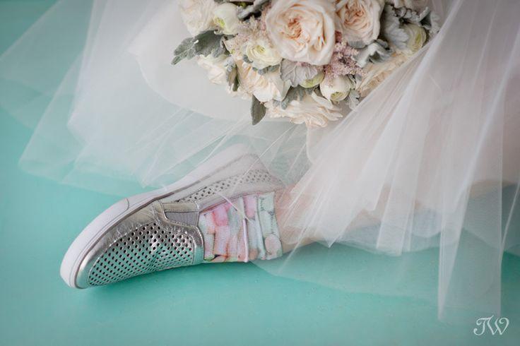Silver wedding shoes from @ninewestcanada    Tulle skirt from @karibolen   Calgary wedding photographer