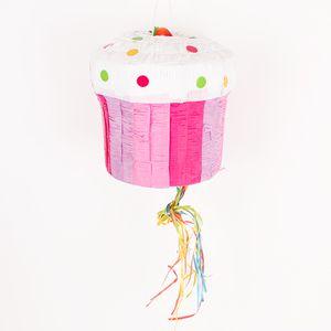 Une pinata traditionnelle en forme de cupcakeà remplir de bonbonset de cadeaux pour un anniversaire endiablé ! Pour libérer les cadeaux, il faut taper sur le cupcake !La pinata est vendue seule, sans bonbon ni cadeau.La pinata mesure 25 x 27 cm.IMPORTANT : pour l'utilisation de la pinata, veuillez lire les conseils pratiques qui se trouvent juste en-dessous.