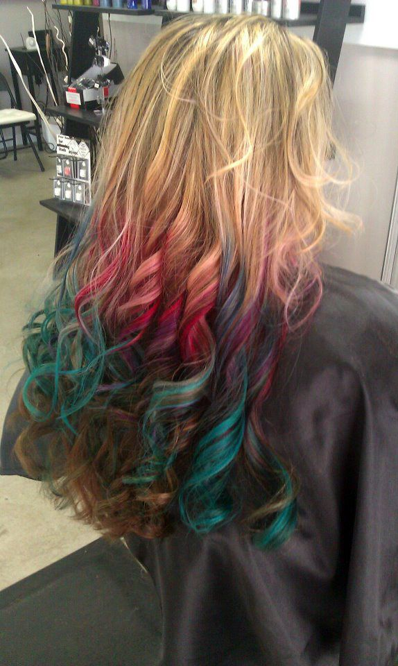this multi colored dip dyed look called rainbow ombr gradually blends up the hair learn how to. Black Bedroom Furniture Sets. Home Design Ideas