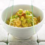 Una variante vegana dell'insalata di riso che mixa il tofu alla sapidità della salsa di soia e al profumo dello zafferano. Prova la ricetta di Sale&Pepe.