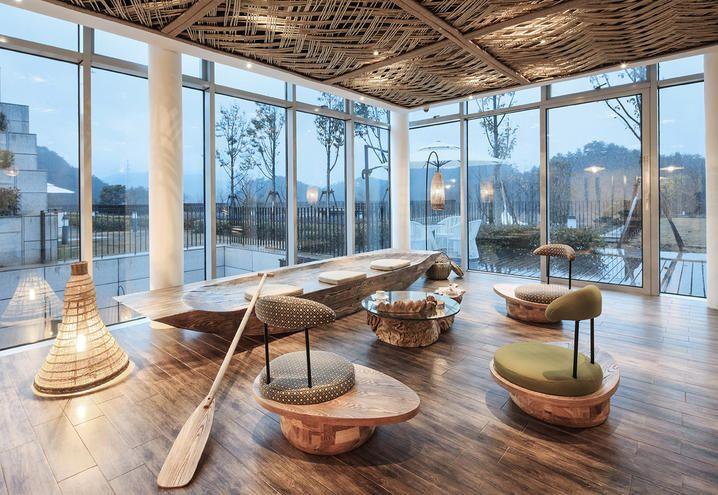 The lobby of Ripple Hotel in China, a project by Xl-Muse e Li Xiang / La lobby dell'Hotel Ripple in Cina, un progetto di Xl-Muse e Li Xiang