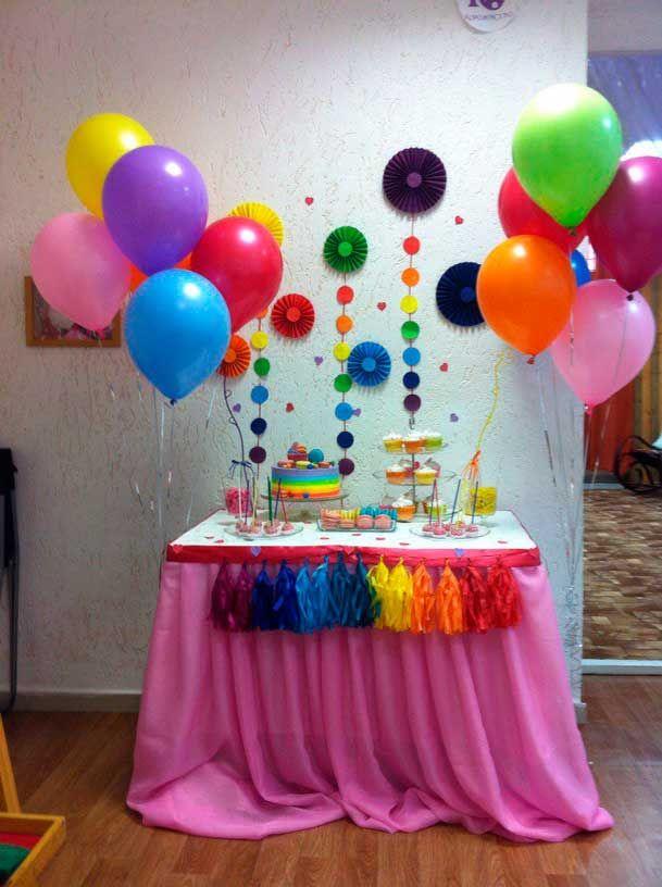 Mesa decorada fiesta tematica arcoiris06 todo sobre - Como decorar una mesa para una fiesta ...