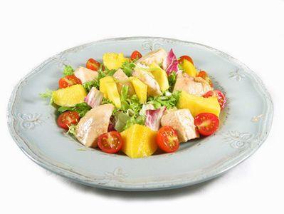 ¡Mira lo que voy a cocinar! Receta de ensalada de pechuga de pavo y mango