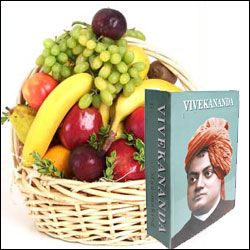 Swamy Vivekananda Life Story Book + Fruit Basket