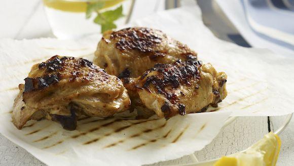 Zin in een fris gerecht? Wat dacht je van gegrilde kip in een marinade van citroen en yoghurt?