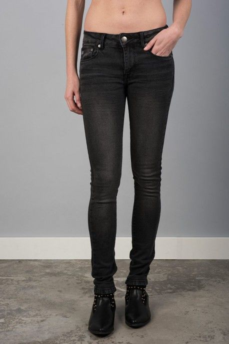 Calça de ganga grossa em preto Sra, Lois jeans