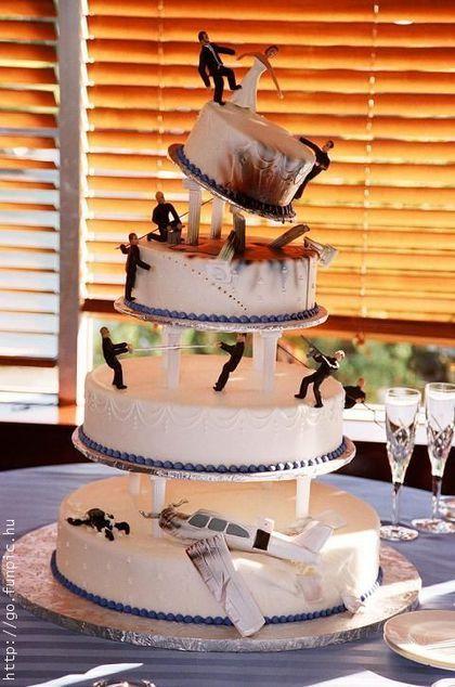Estan a punto de ver muchos pasteles de bodas, muchos muestran la verdad!!!! Disfruten de la imagenes. EL ROMANTICO. EL ADORNADO. EL NARCO. EL CLASICO ENAMORAMIENTO. EL MIREN QUE GRANDE Y ES PARA MI BODA (No la mia!!!XD). .....ESTE ERA PASTEL PARA 2...