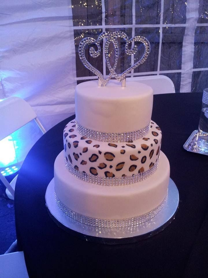 Another leopard-print wedding cake idea -- love it!