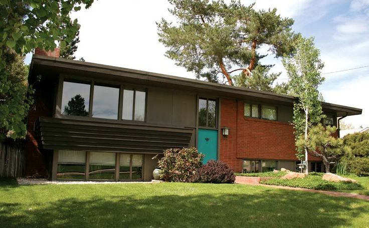 78 images about split level ranch remodels on pinterest for Modern split level house