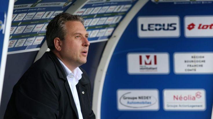 """Avec une peu glorieuse 13ème place en Ligue 2, """"il faut effacer cette saison de notre mémoire"""" affirme Ilja Kaenzig. Le directeur général du FCSM revient pour France Bleu Belfort-Montbéliard sur les raisons d'un tel échec et confirme que la Ligue 1 reste l'objectif assigné au futur nouveau coach."""
