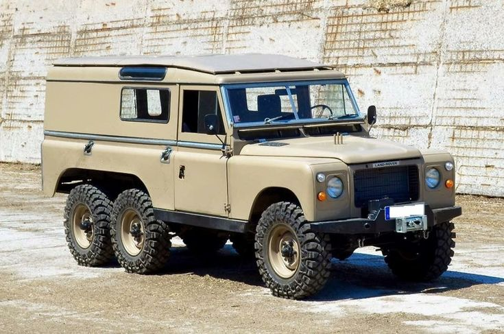 Land Rover 109 Series 2a from 1968 with 2.25 Petrol engine and RHD