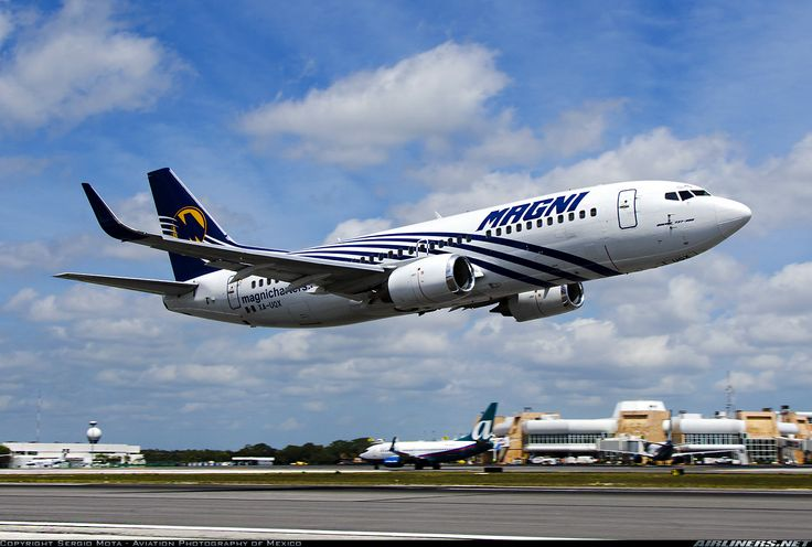 Boeing 737-33A aircraft picture