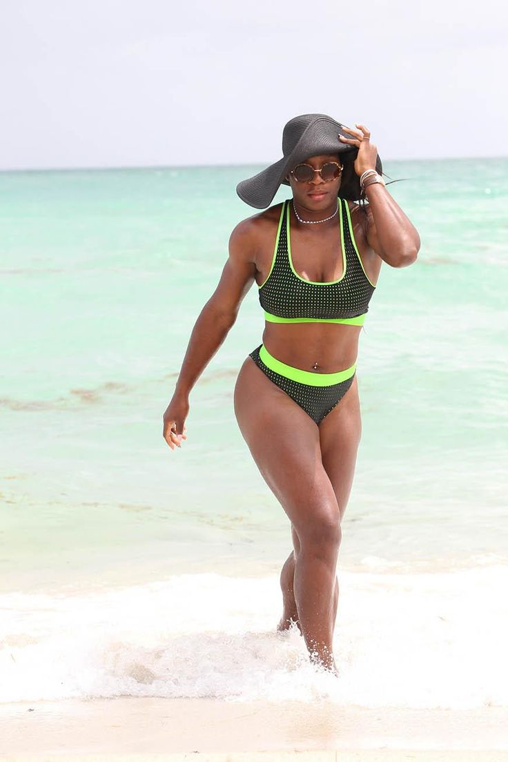 Best Celebrity Bikini Bodies Sure, looking awesome is part of their jobs. But when it comes to staying strong, some stars truly go above and beyond. Whether they're showing off taut tummies, enviable arms, or just ov