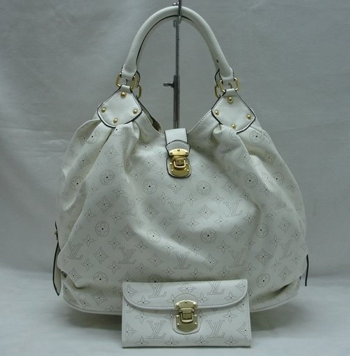 2013 latest LV handbags online outlet, discount GUCCI purses online collection, free shipping cheap LOUIS VUITTON handbags