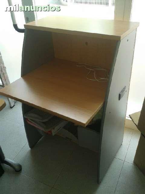 Tras el cambio de oficina hay muebles que no vamos a utilizar y los ponemos a la venta con precios low cost.  Todos los muebles y elementos de oficina a 50 € por unidad  Mueble pequeñoo recepción marca ACTIU Mini Frigorífico marca Zanussi