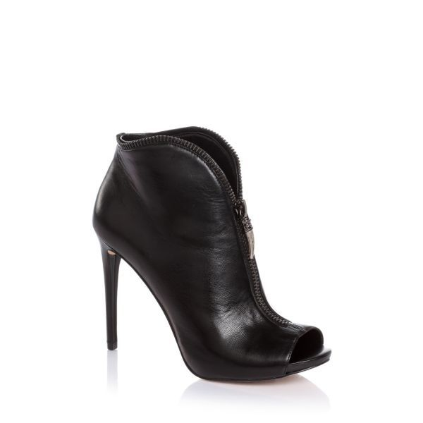 Conroe Leather Ankle Boots | GUESS.eu